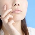 ストレスによるニキビは男性ホルモンが原因です